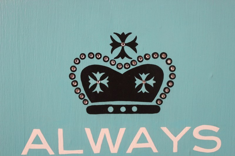 Always Wear Your Invisible Crown Plaque-painted plaques, painted door plaques,