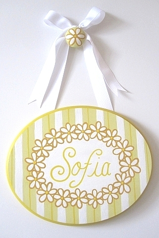 Daisy Plaque-painted plaques, painted door plaques, painted nursery plaques