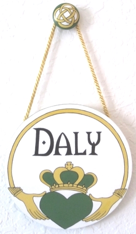 Irish Claddagh Family Name Plaque-personalized Irish claddagh painted plaque